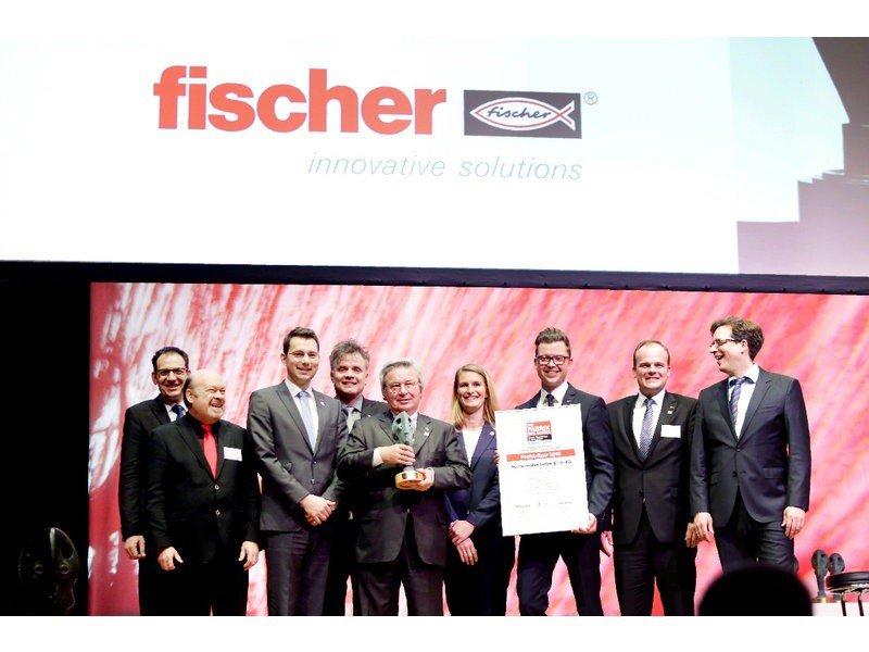 Bild Preisverleihung Frima Fischer zur Fabrik des Jahres
